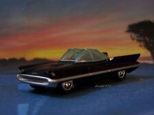 1955 55 LINCOLN FUTURA ( REAL BATMOBILE ) 1/64 SCALE COLLECTIBLE MODEL - DIORAMA