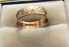 Precioso Señoras Contrastados Vintage 9ct Oro Estampado Diamante Set Anillo De Bodas