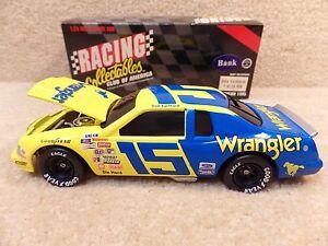 New 1995 Action 1:24 Diecast NASCAR Dale Earnhardt Sr Wrangler 1983 T-Bird #15