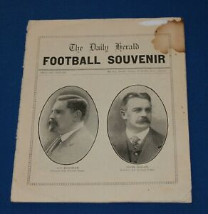 1921 The Daily Herald South Australian Football Souvenir SANFL *Very Rare*