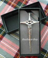 KILT Broche Sautoir Design Broadsword PIN étain émaillé PEWTER made in Scotland