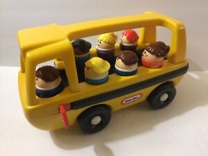 Vintage Little Tikes School Bus With 6 figures
