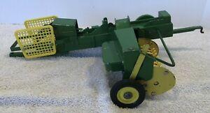 1960s ERTL John Deere Hay Baler  Toy Farm Implement Working Toy 1/16 Scale