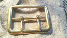 Boucle de ceinture en métal doré ( Hauteur : 42 mm - Largeur : 57 mm )