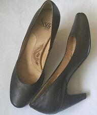 Sofft Leather Pumps Shoes Brown Block Heel Size 8.5N Minimal Wear Comfort Style