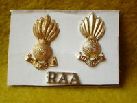 C  AUSTRALIAN ARMY  SMALL METAL BADGE 5 CM RAA UBIQUE