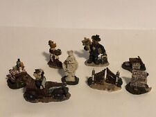 Set Of 8 Boyds Town Village Pieces. Patsy,Trumbles Golden Gates,Jimmy Bob & More