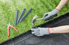 Plastic Garden Flexible Edging  Grass Border  Lawn Edge1m + 3 Pegs/ 45mm Height