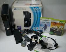 Xbox 360 Slim Konsole 250 GB GO Schwarz inkl 2 Spiele     OVP