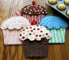 Susie Shore Hot Cakes Oven Mitts Cupcakes Pattern