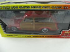 1:18 MCC #60008 1949 Ford Woody Station wagon ROSSO SUNSET BEACH Lifeguard -