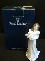 ROYAL DOULTON SENTIMENTS COLLECTION  FIGURINE CHRISTMAS PARCELS  HN 3493 w/ BOX