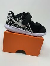 BABY GIRLS: Nike Flex Experience 5 Shoes, Black & White Heart Print  - Size 7C