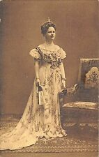 POSTCARD   ROYALTY   NETHERLANDS   HM  Queen  Wilhelmina