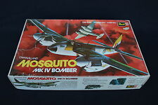D334 Revell maquette avion 1/32 BMK IV BOMBER MOSQUITO H-180 année 1971