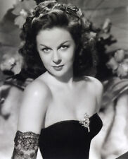 Susan Hayward UNSIGNED photo - G723 - GORGEOUS!!!!