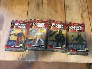 HASBRO SIGNATURE SERIES PLANET OF THE APES FIGURES 4 LOT