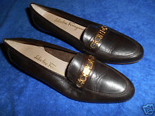 SALVATORE FERRAGAMO GANCINI BROWN LOAFER SHOES  SIZE 7 C   BEAUTIFUL  ITALY.!
