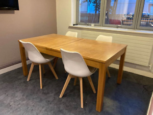 Solid Quality Pine Wood Extendable Table and 4 Chairs