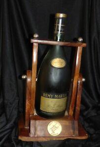 magnum Bouteille  Fine Champagne Cognac RÉMY MARTIN Collection sur presentoir