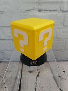 Paladone Nintendo Mini Question power up Block Light Super Mario Bros.