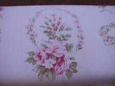 Yuwa Michele-Girlanden Rosa Rosen auf Pink Cretonne (Barkcloth) YD.