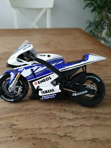 """Maisto Yamaha Bike 8"""""""