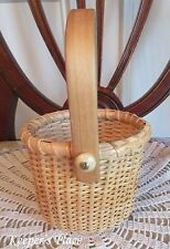 Small Nantucket Basket Oval With Swing Handle Hand Crafted EUC
