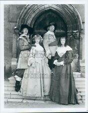1986 J Glover L Aston T Bentinck S Mughan BBC TV By Sword Divided Press Photo