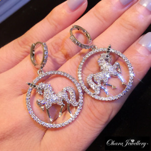18K White Gold Cubic Zirconia Large Unicorn Horse Round Stud Earrings Jewellery
