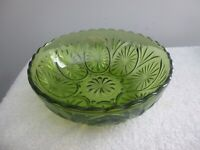 Vintage, Green Indiana Glass, Serving Bowl, Star Pattern w/Ruffled Edge