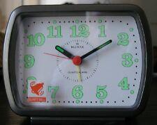Reloj despertador cuarzo, analógico BLUMAR -Original color gris/ plata