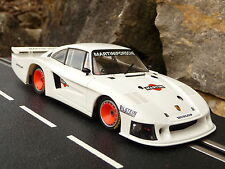 Sideways Porsche 935/78 Moby Dick en 1:32 également pour CARRERA EVOLUTION sw3219