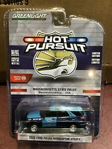 Greenlight Hot Pursuit 2020  Ford Utility Massachusetts  State Police