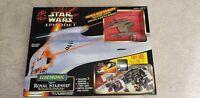 STAR WARS Episode 1 Naboo Electronic Royal Starship Blockade Cruiser/Playset
