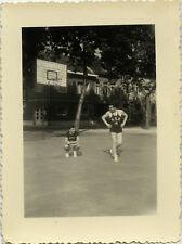 PHOTO ANCIENNE - VINTAGE SNAPSHOT - SPORT BASKETBALL VILVORDE BELGIQUE MATCH