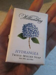 COLONIAL WILLIAMSBURG FRESH HYDRANGEA BLOSSOM FLOWER SPRING PAPER WRAP BAR