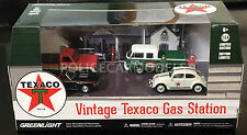 Greenlight 1/64 Vintage Texaco Gas Station 4 Car Diorama VW, Chevy, Ford 58037