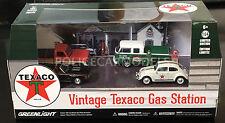 Greenlight 1/64 Vintage Texaco Gas Station 4 Car Diorama VW, Chevy, Ford 58037