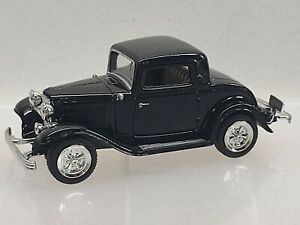MOTORMAX ~ black 1932 FORD COUPE, No. C4037 ~ 1:43 scale ~ VERY NICE CONDITION