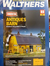 Walthers Cornerstone HO #3339 Antiques Barn (Molded in Three Colors) Kit Form