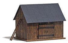 Busch Wooden Barn 1500 HO Scale