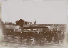France, Déraillement d'un train, 1905  Vintage citrate print.  Tirage cit