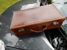 WW2 REENACTMENT REFUGEE CASE FOR ADULT OR CHILD SMALL VINTAGE LEATHER