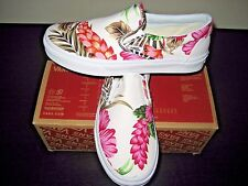 Vans Classic Slip on Womens Hawaiian Floral White Canvas Boat shoes Size 6 NWT