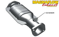 Magnaflow Direct-Fit Catalytic Converter Rear for 1997-1999 Nissan Maxima 3.0L