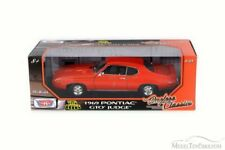 1:18 TIMELESS CLASSICS 1969 PONTIAC GTO JUDGE ORANGE NIB BY MOTOR MAX