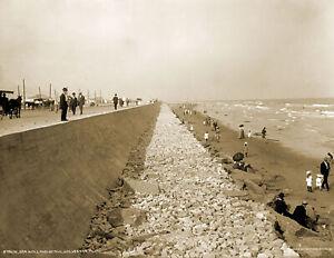 "1910's Seawall and Beach, Galveston, Texas Vintage Old Photo 8.5"" x 11"" Reprint"