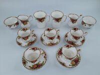 Royal Albert Country Rose 1962 Gold Trim 11 Piece Set Teacups Saucers Mugs Vase
