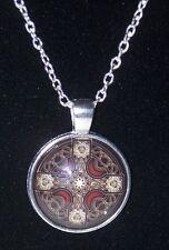 Pendentif Croix celtique Verre et métal - Bijou Moyen âge